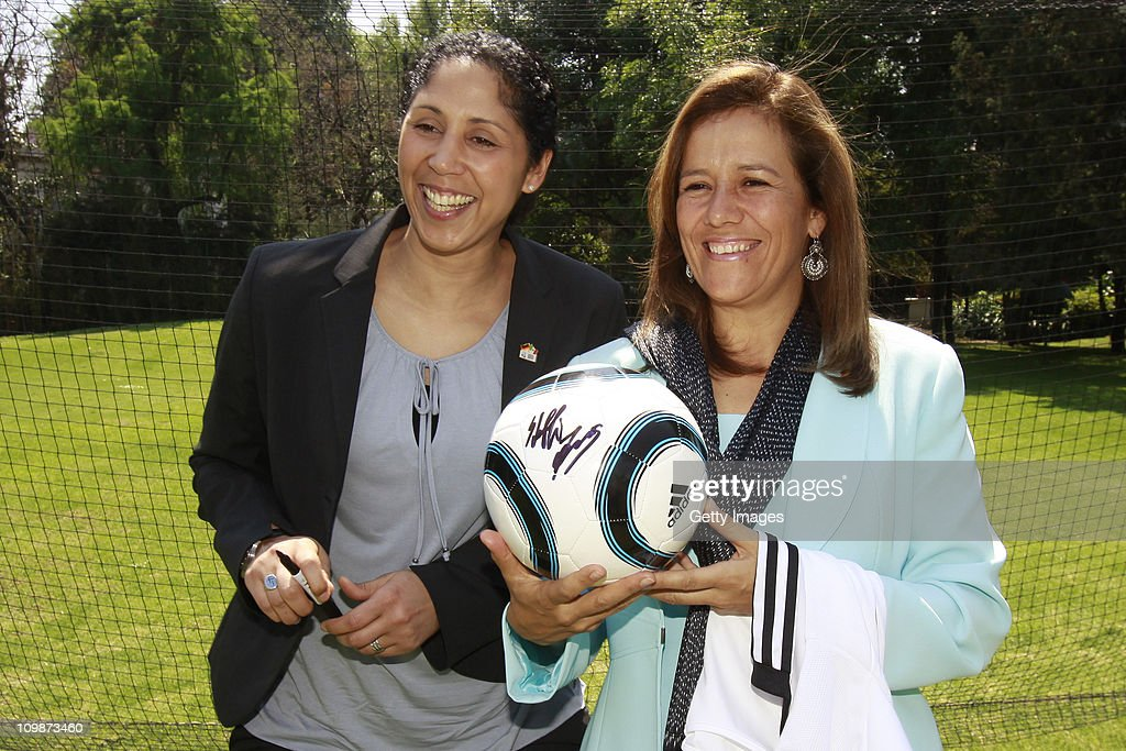 Steffi Jones, Organising Committee President's Cup Women's World Cup 2011 and Margarita Zavala, first lady of Mexico meet as part of the Germany 2011 FIFA Women's World Cup delegation Welcome Tour at Residencia Oficial de Los Pinos on March 08, 2011 in Mexico City, Mexico.