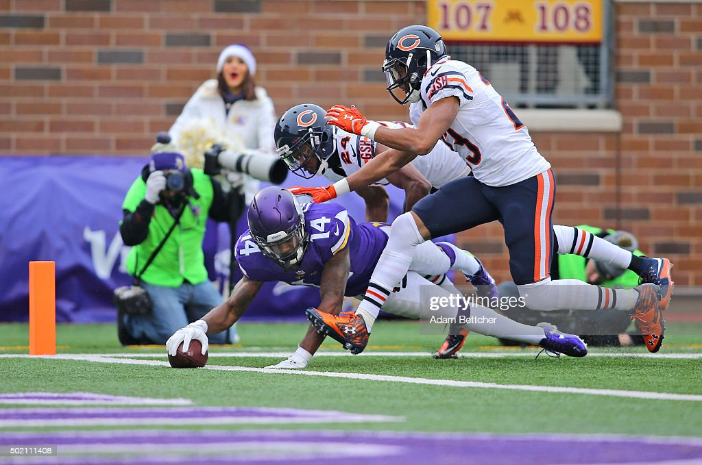 Stefon Diggs #14 of the Minnesota Vikings scores a touchdown against Kyle Fuller #23 and Alan Ball #24 of the Chicago Bears in the third quarter on December 20, 2015 at TCF Bank Stadium in Minneapolis, Minnesota.