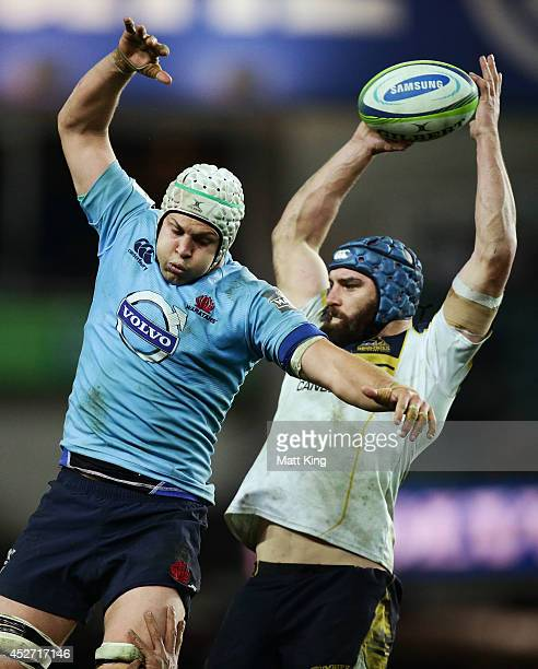 Stehen Hoiles of the Waratahs competes with Scott Fardy of the Brumbies at the lineout during the Super Rugby Semi Final match between the Waratahs...