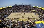 Stein Metzger and Mike Lambert play against Phil Dalhausser and Todd Rogers during the AVP Manhattan Beach Open final match on August 13 2006 in...