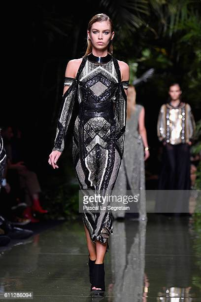Stella Maxwell walks the runway during the Balmain show as part of the Paris Fashion Week Womenswear Spring/Summer 2017 on September 29 2016 in Paris...