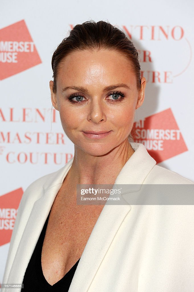 <a gi-track='captionPersonalityLinkClicked' href=/galleries/search?phrase=Stella+McCartney+-+Fashion+Designer&family=editorial&specificpeople=4288678 ng-click='$event.stopPropagation()'>Stella McCartney</a> attends the VIP view of Valentino: Master of Couture at Embankment Gallery on November 28, 2012 in London, England.