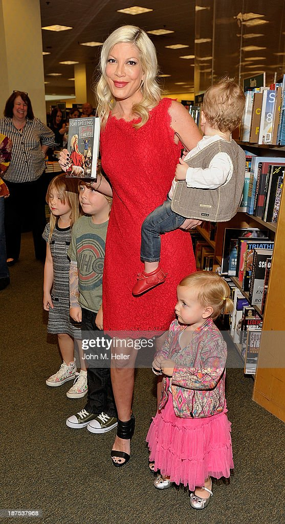 Stella McDermott, Liam McDermott, Tori Spelling, Finn McDermott and Hattie McDermott attend the signing for her new book 'Spelling It Like It Is' at the Barnes & Noble bookstore at The Grove on November 9, 2013 in Los Angeles, California.