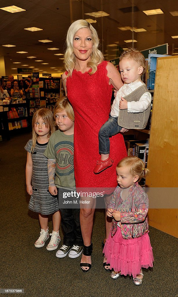Stella McDermott, Liam McDermott, <a gi-track='captionPersonalityLinkClicked' href=/galleries/search?phrase=Tori+Spelling&family=editorial&specificpeople=202560 ng-click='$event.stopPropagation()'>Tori Spelling</a>, Finn McDermott and Hattie McDermott attend the signing for her new book 'Spelling It Like It Is' at the Barnes & Noble bookstore at The Grove on November 9, 2013 in Los Angeles, California.