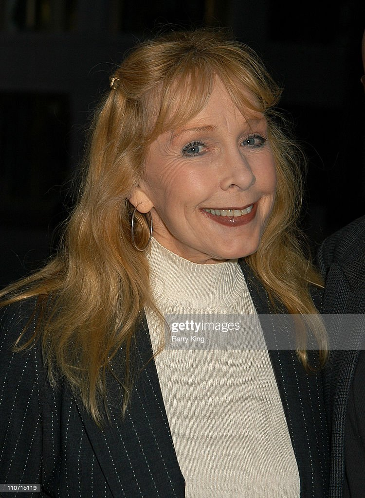 <a gi-track='captionPersonalityLinkClicked' href=/galleries/search?phrase=Stella+Stevens&family=editorial&specificpeople=214015 ng-click='$event.stopPropagation()'>Stella Stevens</a> during Academy Of Television Arts & Sciences Presents TV Cares: Ribbon Of Hope Celebration 2004 at Leonard H. Goldenson Theatre in North Hollywood, CA, United States.