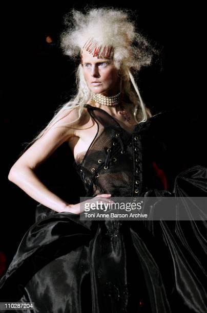 Stella Tennant wearing Christian Dior Haute Couture Spring/Summer 2006