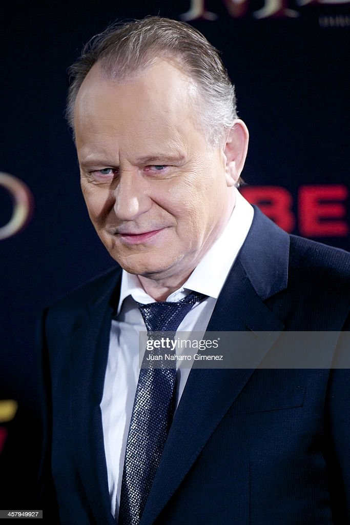 <a gi-track='captionPersonalityLinkClicked' href=/galleries/search?phrase=Stellan+Skarsgard&family=editorial&specificpeople=233516 ng-click='$event.stopPropagation()'>Stellan Skarsgard</a> attends the 'The Physician' (El Medico) premiere at Callao Cinema on December 19, 2013 in Madrid, Spain.