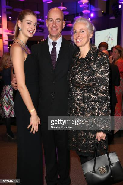 Stephan Boeninger and his wife Susanne Boeninger and their daughter Victoria Boeninger during the PIN Party 'Let's party 4 art' at Pinakothek der...