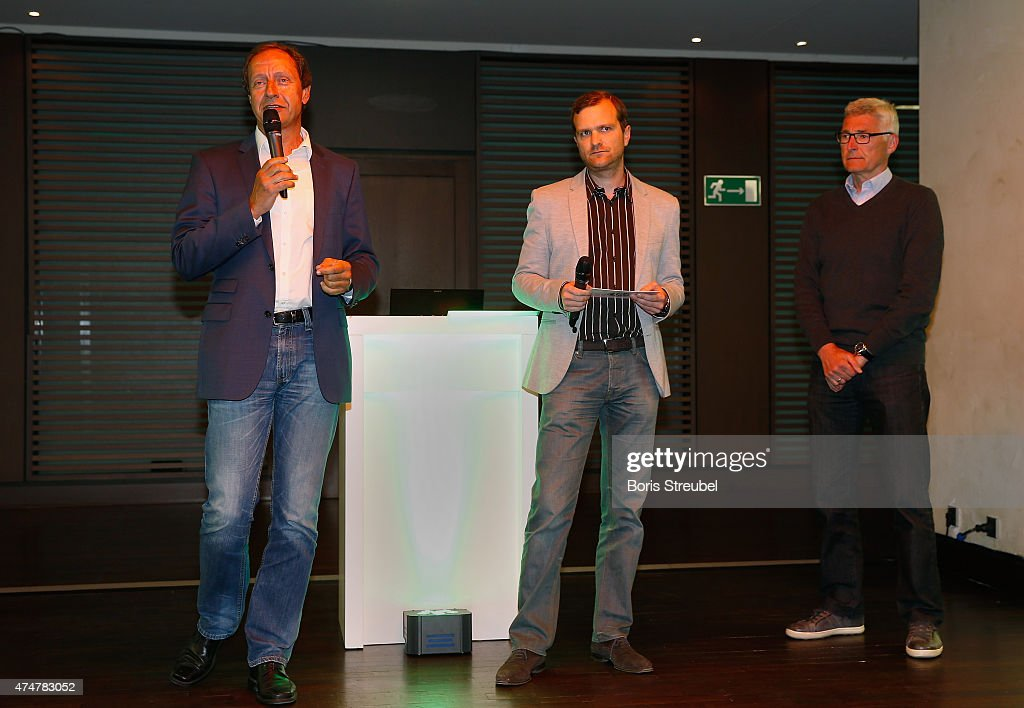 stephan eiermann c of dfb interviews lutz michael froehlich r manager of the dfb referees. Black Bedroom Furniture Sets. Home Design Ideas
