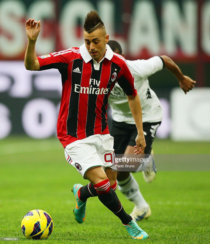 <a gi-track='captionPersonalityLinkClicked' href=/galleries/search?phrase=Stephan+El+Shaarawy&family=editorial&specificpeople=7181554 ng-click='$event.stopPropagation()'>Stephan El Shaarawy</a> of AC Milan in action during the Serie A match between AC Milan and AC Siena at San Siro Stadium on January 6, 2013 in Milan, Italy.
