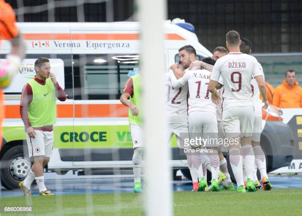 Stephan El Shaarawy of AS Roma celebrates after scoring his team's third goal during the Serie A match between AC ChievoVerona and AS Roma at Stadio...