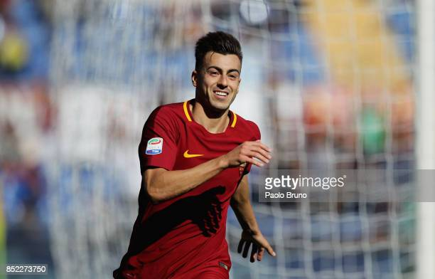 Stephan El Shaarawy of AS Roma celebrates after scoring the team's third goal during the Serie A match between AS Roma and Udinese Calcio at Stadio...