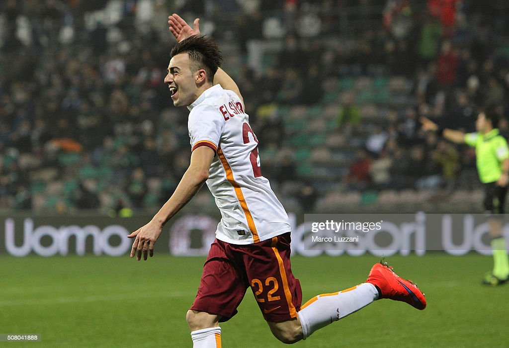 <a gi-track='captionPersonalityLinkClicked' href=/galleries/search?phrase=Stephan+El+Shaarawy&family=editorial&specificpeople=7181554 ng-click='$event.stopPropagation()'>Stephan El Shaarawy</a> of AS Roma celebrates his goal during the Serie A match between US Sassuolo Calcio and AS Roma at Mapei Stadium - Città del Tricolore on February 2, 2016 in Reggio nell'Emilia, Italy.