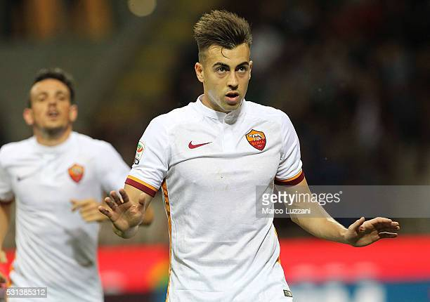 Stephan El Shaarawy of AS Roma celebrates his goal during the Serie A match between AC Milan and AS Roma at Stadio Giuseppe Meazza on May 14 2016 in...