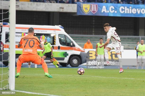 Stephan El Shaarawy of AS Roma scores his second goal during the Serie A match between AC ChievoVerona and AS Roma at Stadio Marc'Antonio Bentegodi...