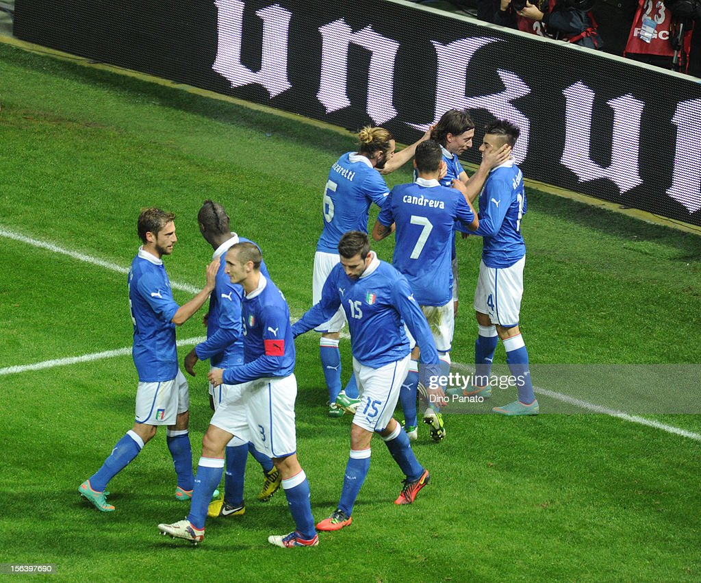 Stephan El Shaarawy (R) of Italy celebrates with team-mates after scoring the opening goal during the international friendly match between Italy and France at Stadio Ennio Tardini on November 14, 2012 in Parma, Italy.