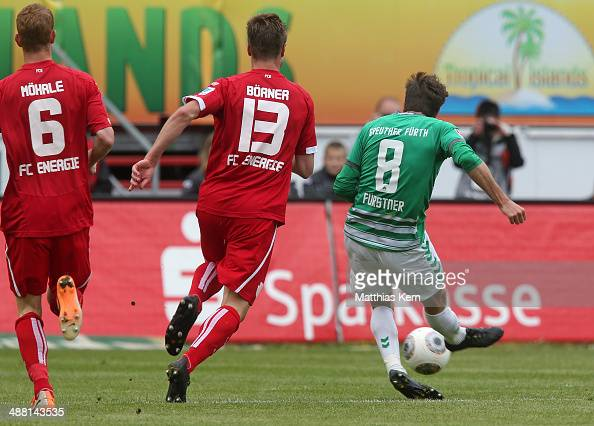 Stephan Fuerstner of Fuerth scores the first goal during the Second Bundesliga match between FC Energie Cottbus and SpVgg Greuther Fuerth at Stadion...