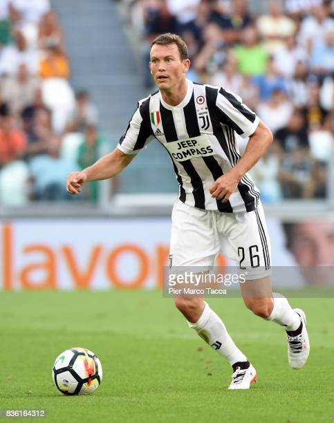 Stephan Lichsteiner of Juventus in action during the Serie A match between Juventus and Cagliari Calcio at Allianz Stadium on August 19 2017 in Turin...