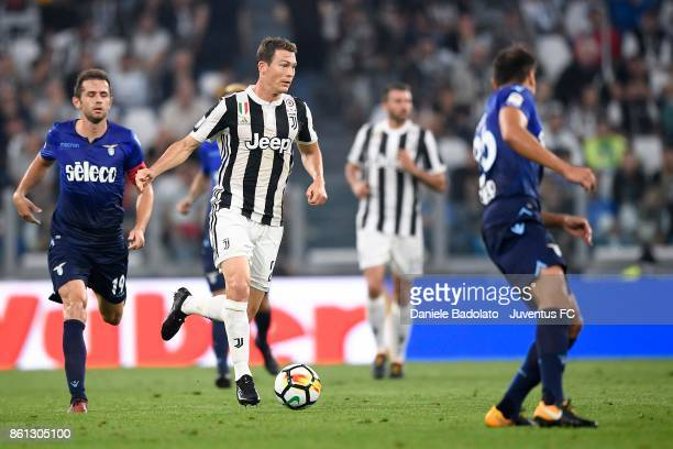 Stephan Lichtsteiner of Juventus in action during the Serie A match between Juventus and SS Lazio on October 14 2017 in Turin Italy