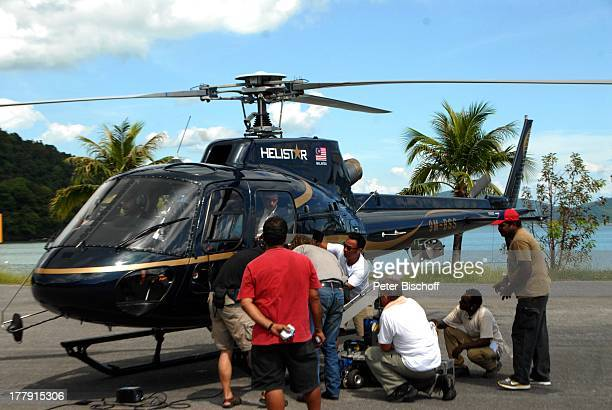 Stephan Luca Raven Tao mit Filmteam Dreharbeiten zum ARDFilm 'Wiedersehen in Malaysia' Awana Porta Malai Insel Langkawi Malaysia Asien Familiendrama...