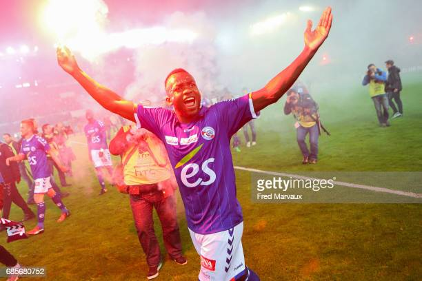 Stephane Bahoken of Strasbourg celebrates accesion for Ligue 1 at the end of the game during the Ligue 2 match between RC Strasbourg Alsace and Bourg...