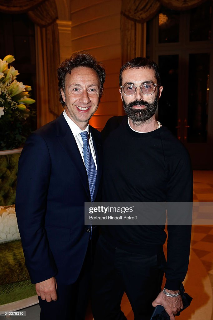 <a gi-track='captionPersonalityLinkClicked' href=/galleries/search?phrase=Stephane+Bern&family=editorial&specificpeople=2143398 ng-click='$event.stopPropagation()'>Stephane Bern</a> and designer Giambatista Valli attend the 'Colonne Vendome' Is Unveiled After Restoration Works on June 27, 2016 in Paris, France.