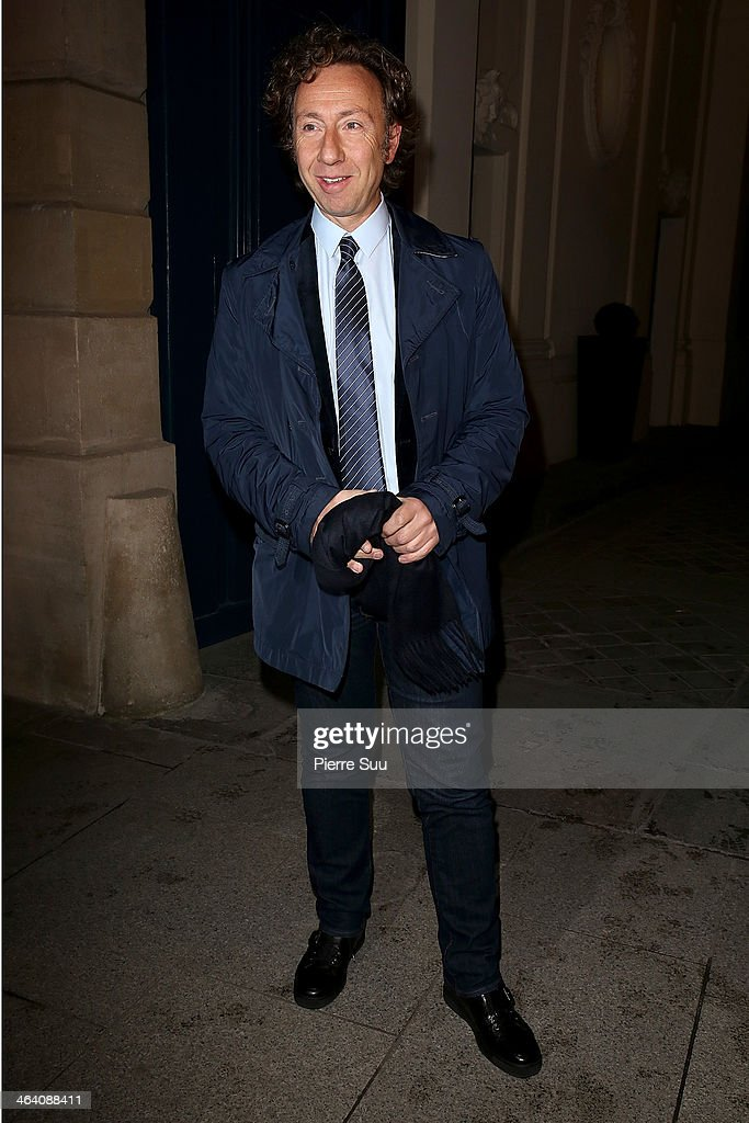<a gi-track='captionPersonalityLinkClicked' href=/galleries/search?phrase=Stephane+Bern&family=editorial&specificpeople=2143398 ng-click='$event.stopPropagation()'>Stephane Bern</a> arrives at the Alexis Mabille show as part of Paris Fashion Week Haute-Couture Spring/Summer 2014 on January 20, 2014 in Paris, France.