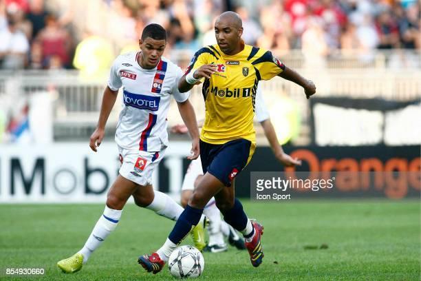 Stephane DALMAT / Hatem BEN ARFA Lyon / Sochaux Trophee des Champions 2007 Lyon