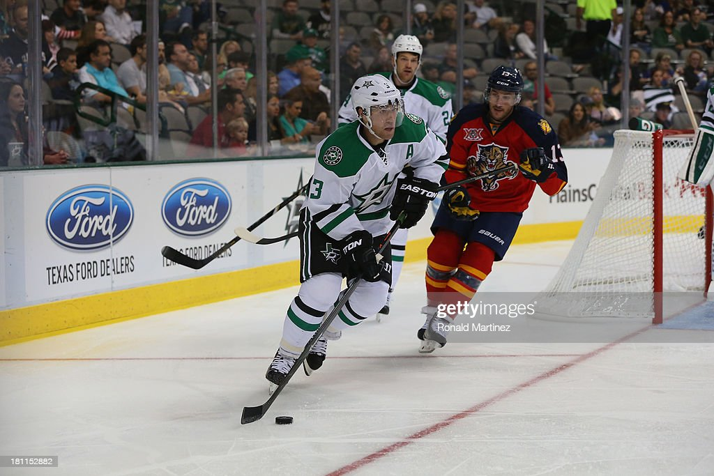 <a gi-track='captionPersonalityLinkClicked' href=/galleries/search?phrase=Stephane+Robidas&family=editorial&specificpeople=206166 ng-click='$event.stopPropagation()'>Stephane Robidas</a> #3 of the Dallas Stars during a preseason game at American Airlines Center on September 18, 2013 in Dallas, Texas.