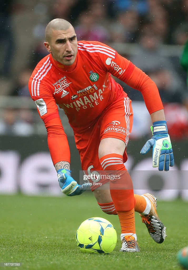 Stephane Ruffier, goalkeeper of Saint-Etienne in action during the Ligue 1 match between Olympique Lyonnais, OL, and AS Saint-Etienne, ASSE, at the Stade Gerland on April 28, 2013 in Lyon, France.