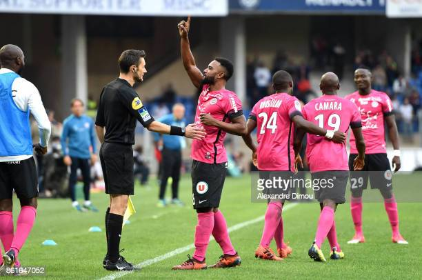 Stephane Sessegnon of Montpellier celebrates scoring his goal during the Ligue 1 match between Montpellier Herault SC and OGC Nice at Stade de la...