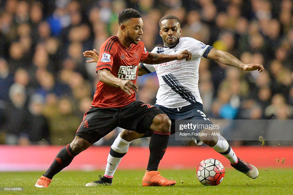 Stephane Sessegnon of West Bromwich Albion and <a gi-track='captionPersonalityLinkClicked' href=/galleries/search?phrase=Danny+Rose+-+Fu%C3%9Fballspieler+-+Linker+Au%C3%9Fenverteidiger+-+Jahrgang+1990&family=editorial&specificpeople=11649918 ng-click='$event.stopPropagation()'>Danny Rose</a> of Tottenham Hotspur compete during the Barclays Premier League match between Tottenham Hotspur and West Bromwich Albion at White Hart Lane on April 25, 2016 in London, England.
