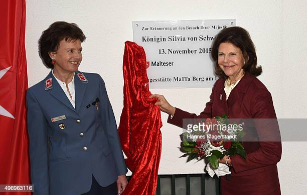 Stephanie Freifrau von Freyberg and Queen Silvia during the visit of the Swedish Queen to Silviahemmet's day centre on November 13 2015 in Munich...