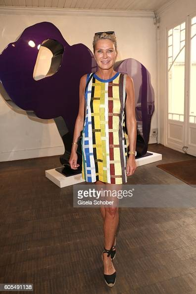 Stephanie Graefin Bruges von Pfuel during the Ladies Art Lunch at Galerie Vogdt on September 13 2016 in Munich Germany