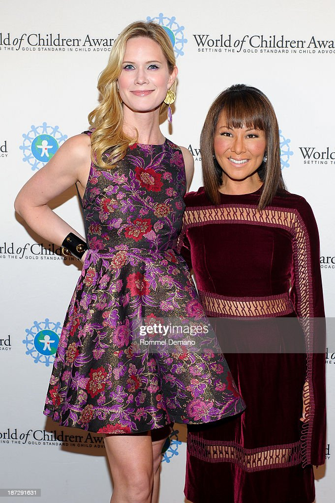 Stephanie March and Alina Cho attend the 16th annual World Of Children awards at 583 Park Avenue on November 7, 2013 in New York City.