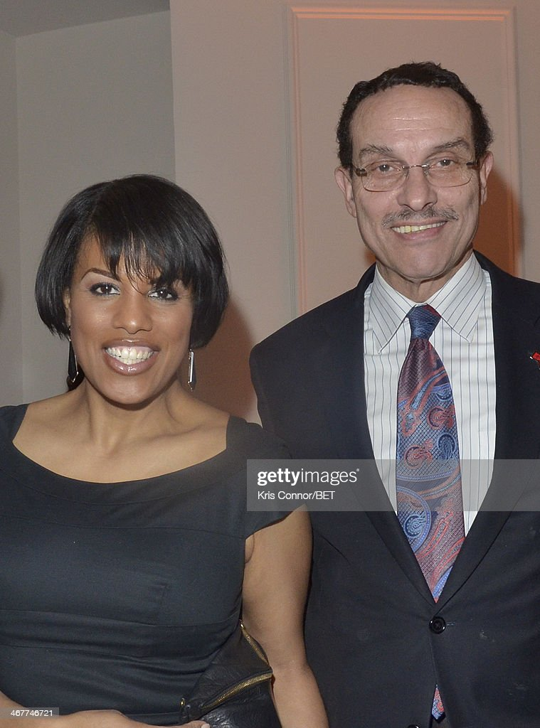 Stephanie Rawlings-Blake and Vincent Gray attend the Debra Lee Pre-Dinner the National Museum of Women in the Arts on February 7, 2014 in Washington, DC.