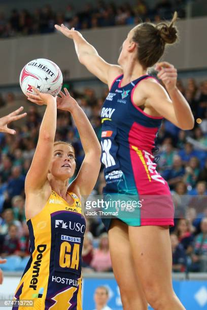 Stephanie Wood of the Lightning shoots during the round 10 Super Netball match between the Vixens and the Lightning at Margaret Court Arena on April...