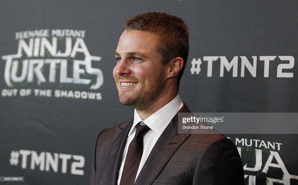<a gi-track='captionPersonalityLinkClicked' href=/galleries/search?phrase=Stephen+Amell&family=editorial&specificpeople=4500297 ng-click='$event.stopPropagation()'>Stephen Amell</a> arrives ahead of the Australian premiere of Teenage Mutant Ninja Turtles 2 at Event Cinemas George Street on May 29, 2016 in Sydney, Australia.