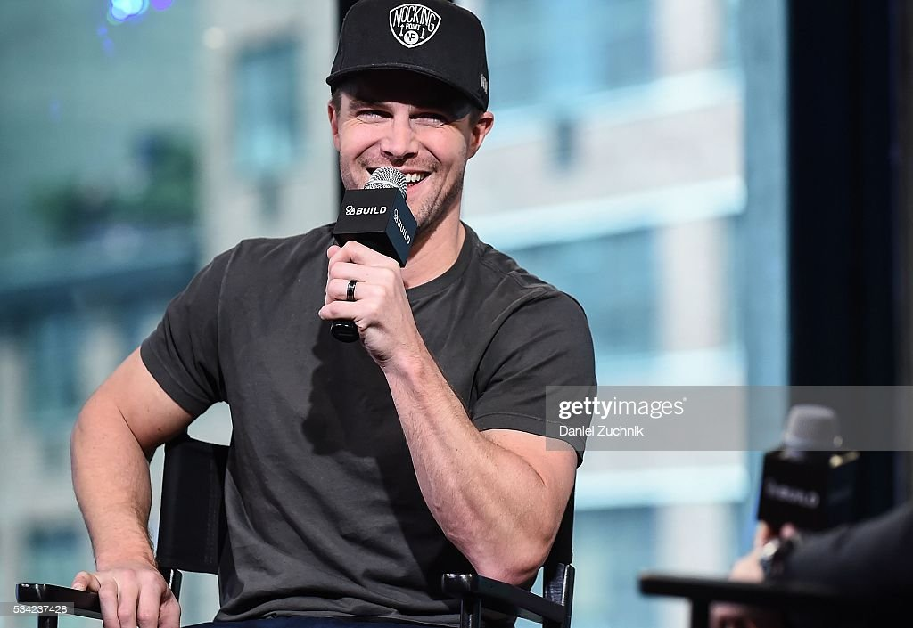 <a gi-track='captionPersonalityLinkClicked' href=/galleries/search?phrase=Stephen+Amell&family=editorial&specificpeople=4500297 ng-click='$event.stopPropagation()'>Stephen Amell</a> attends AOl Build to discuss 'Teenage Mutant Ninja Turtles: Out Of The Shadows' at AOL Studios on May 25, 2016 in New York City.