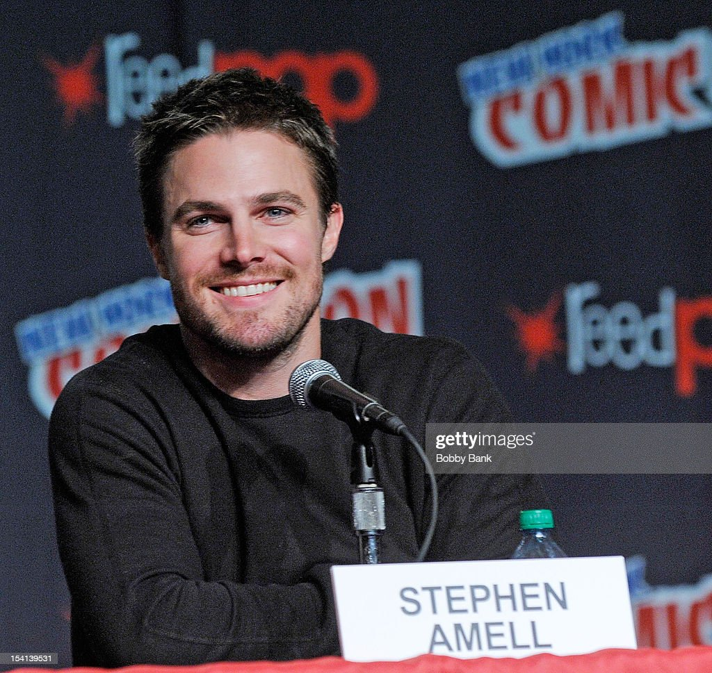 <a gi-track='captionPersonalityLinkClicked' href=/galleries/search?phrase=Stephen+Amell&family=editorial&specificpeople=4500297 ng-click='$event.stopPropagation()'>Stephen Amell</a> attends the 'Arrow' Presentation and Q & A' at the 2012 New York Comic Con at the Javits Center on October 14, 2012 in New York City.