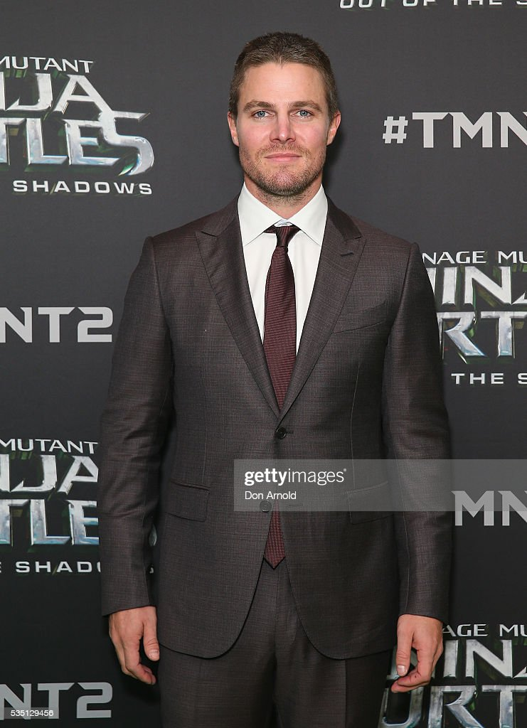 <a gi-track='captionPersonalityLinkClicked' href=/galleries/search?phrase=Stephen+Amell&family=editorial&specificpeople=4500297 ng-click='$event.stopPropagation()'>Stephen Amell</a> attends the Australian Premiere of Teenage Mutant Ninja Turtles 2 at Event Cinemas George Street on May 29, 2016 in Sydney, Australia.