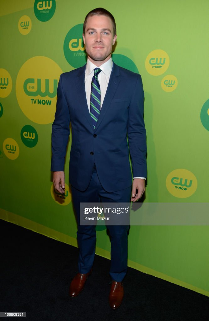 <a gi-track='captionPersonalityLinkClicked' href=/galleries/search?phrase=Stephen+Amell&family=editorial&specificpeople=4500297 ng-click='$event.stopPropagation()'>Stephen Amell</a> attends the CW Network's 2013 Upfront at The London Hotel on May 16, 2013 in New York City.