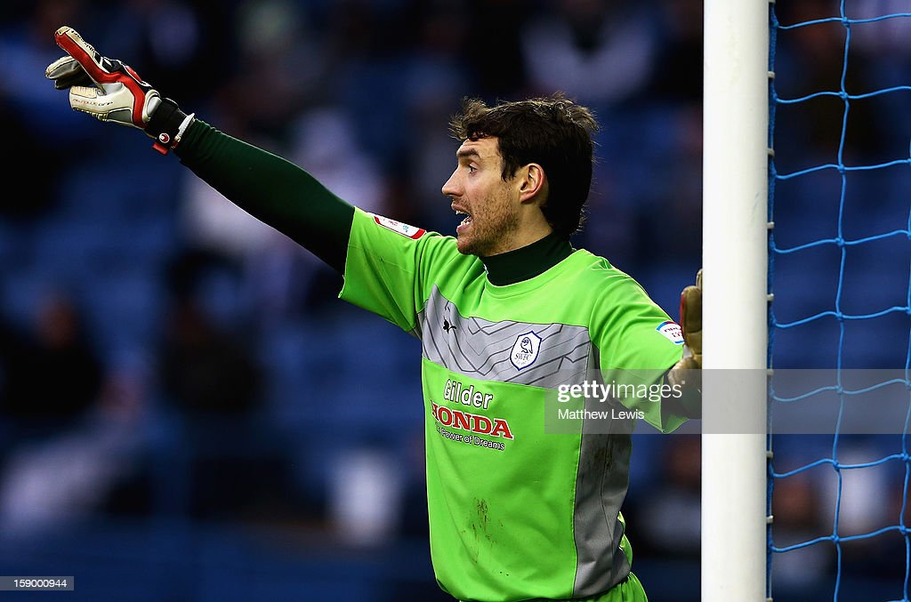 <a gi-track='captionPersonalityLinkClicked' href=/galleries/search?phrase=Stephen+Bywater&family=editorial&specificpeople=2288654 ng-click='$event.stopPropagation()'>Stephen Bywater</a> of Sheffield Wednesday in action during the FA Cup with Budweiser Third Round match between Sheffield Wednesday and Milton Keynes Dons at Hillsborough Stadium on January 5, 2013 in Sheffield, England.