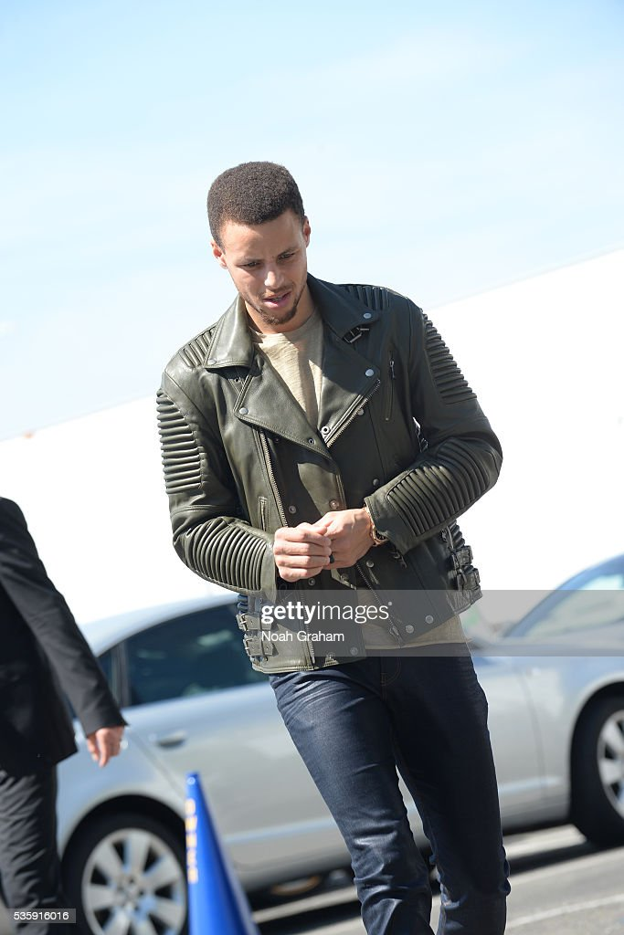 <a gi-track='captionPersonalityLinkClicked' href=/galleries/search?phrase=Stephen+Curry+-+Basketball+Player&family=editorial&specificpeople=5040623 ng-click='$event.stopPropagation()'>Stephen Curry</a> #30 of the Golden State Warriors arrives before the game against the Oklahoma City Thunder in Game Seven of the Western Conference Finals during the 2016 NBA Playoffs on May 30, 2016 at ORACLE Arena in Oakland, California.