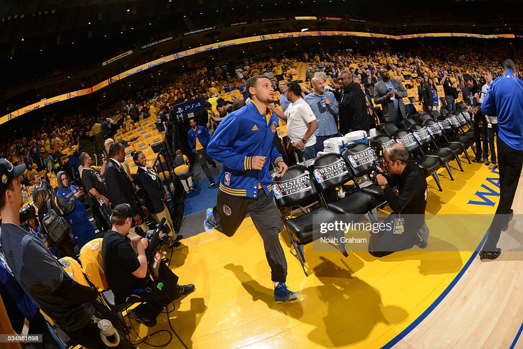<a gi-track='captionPersonalityLinkClicked' href=/galleries/search?phrase=Stephen+Curry+-+Basketballer&family=editorial&specificpeople=5040623 ng-click='$event.stopPropagation()'>Stephen Curry</a> #30 of the Golden State Warriors before facing the Oklahoma City Thunder for Game Five of the Western Conference Finals during the 2016 NBA Playoffs on May 26, 2016 at ORACLE Arena in Oakland, California.
