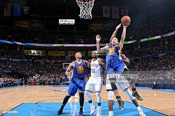 Stephen Curry of the Golden State Warriors goes up for a shot against the Memphis Grizzlies on January 16 2015 at Smoothie King Center in New Orleans...