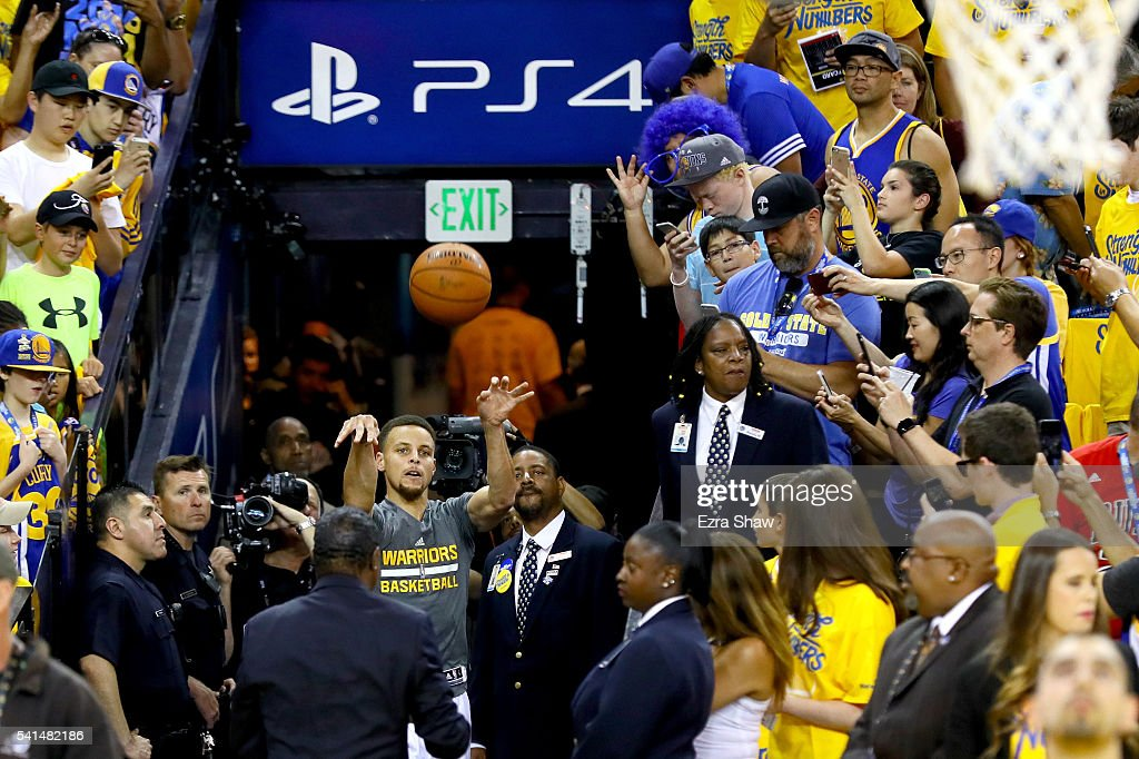 Stephen Curry #30 of the Golden State Warriors shoots a shot from the tunnel and makes his first attempt before taking on the Cleveland Cavaliers in Game 7 of the 2016 NBA Finals at ORACLE Arena on June 19, 2016 in Oakland, California.