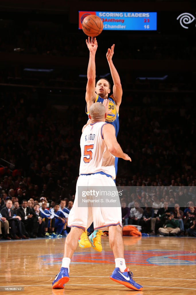 Stephen Curry #30 of the Golden State Warriors shoots a three-pointer against <a gi-track='captionPersonalityLinkClicked' href=/galleries/search?phrase=Jason+Kidd&family=editorial&specificpeople=201560 ng-click='$event.stopPropagation()'>Jason Kidd</a> #5 of the New York Knicks on February 27, 2013 at Madison Square Garden in New York City.