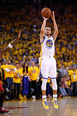 Stephen Curry of the Golden State Warriors shoots the ball against the Houston Rockets during game five of the Western Conference Finals of the 2015...