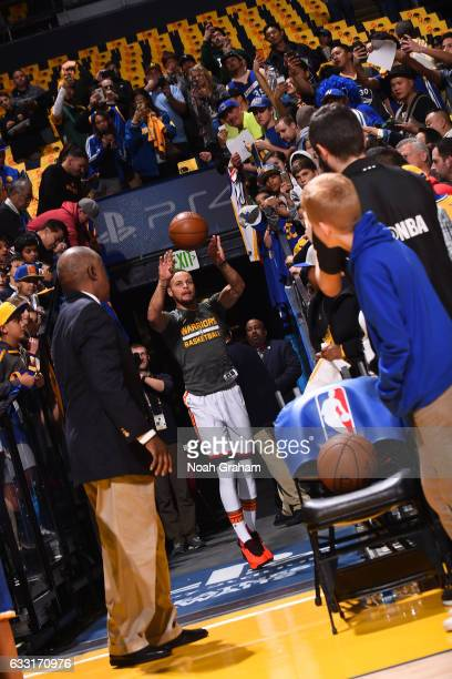 Stephen Curry of the Golden State Warriors shoots the ball from the tunnel before the game against the Los Angeles Clippers on January 28 2017 at...